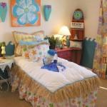 dekliška soba z rožicami