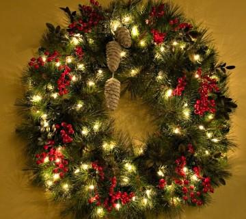 adventni venčki - klasičen božični venček z lučkami