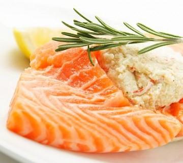 file lososa na krožniku