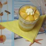 ananasova sladica v kozarcu