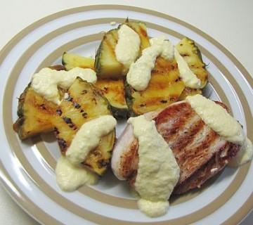 puranov file z ananasom na žaru s parmezanovo omako