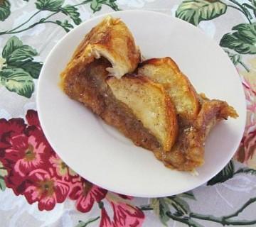 lešnikov zavitek z jabolkom