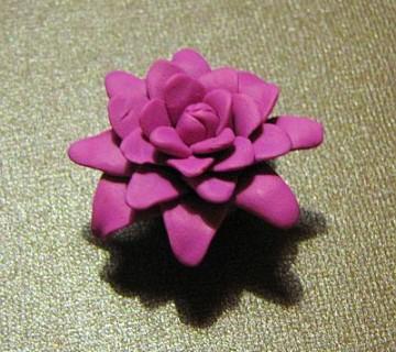 rožica iz modelirne mase