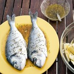 ribi, pripravljeni za peko na žaru