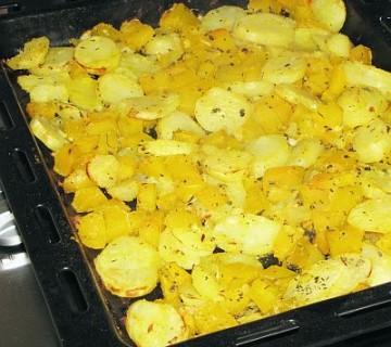buča s krompirjem na pekaču